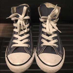 Size 3Y vintage navy blue converse